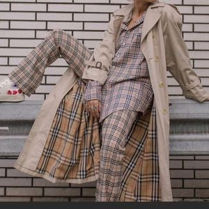 AUTHENTIC Burberry vintage trench coat sz 6